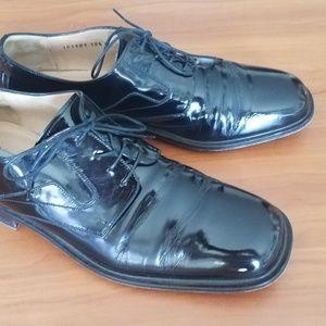 Johnston & Murphy Patent Tuxedo Shoe EUC 10.5